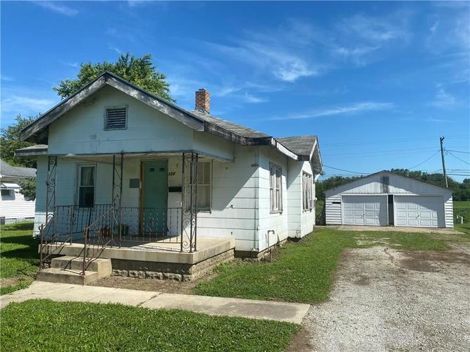 112  South Drive Anderson, IN 46013 | MLS 21728548