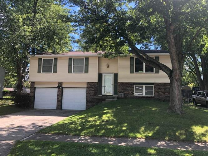 1121  Ridgepointe Drive Indianapolis, IN 46234   MLS 21728564