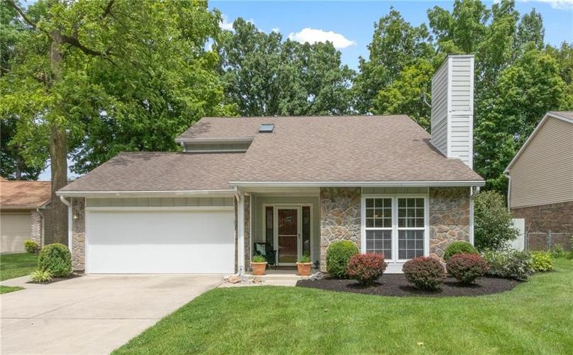 4330 Owl Court Indianapolis IN 46268 | MLS 21728581 | photo 1