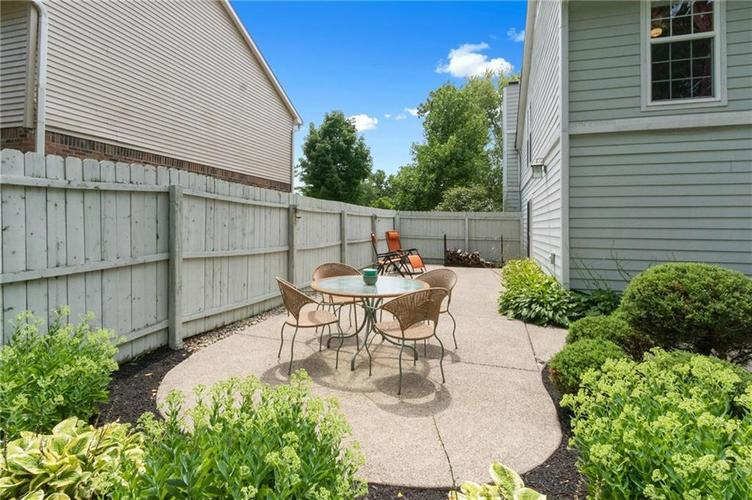 4330 Owl Court Indianapolis IN 46268 | MLS 21728581 | photo 34
