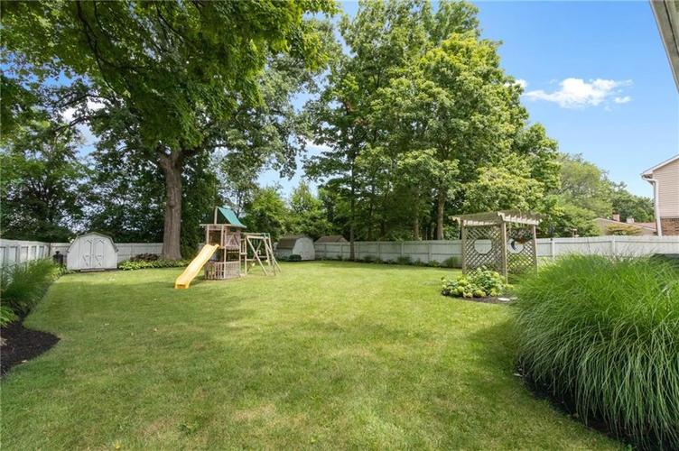 4330 Owl Court Indianapolis IN 46268 | MLS 21728581 | photo 35