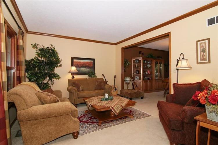 7096 Waterview Point Noblesville IN 46062 | MLS 21728675 | photo 5