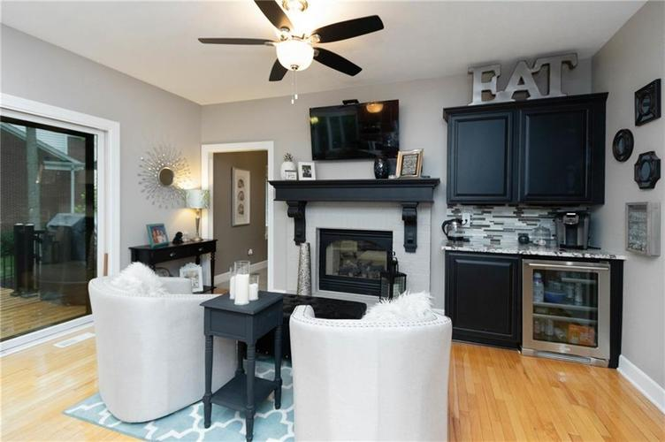 8836 Key Harbour Drive Indianapolis IN 46236 | MLS 21728680 | photo 11