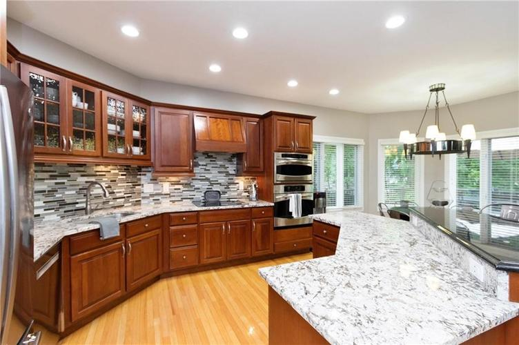8836 Key Harbour Drive Indianapolis IN 46236 | MLS 21728680 | photo 13