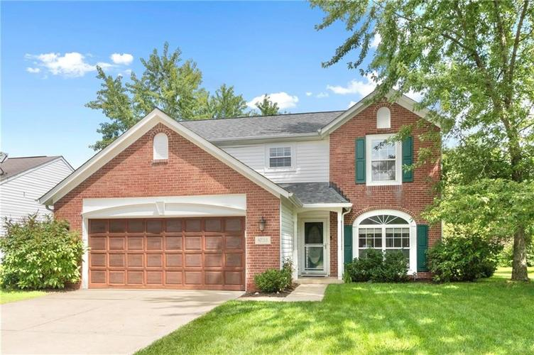6733  DORCHESTER Drive Zionsville, IN 46077 | MLS 21728763