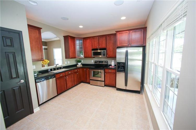 000 Confidential Ave.Westfield IN 46074 | MLS 21728775 | photo 12