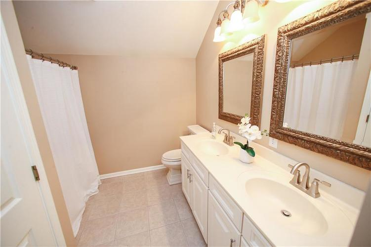 000 Confidential Ave.Westfield IN 46074 | MLS 21728775 | photo 36