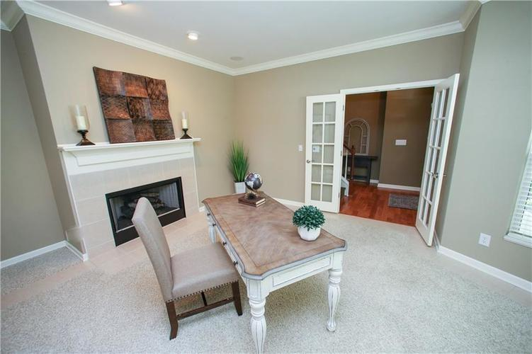 000 Confidential Ave.Westfield IN 46074 | MLS 21728775 | photo 8
