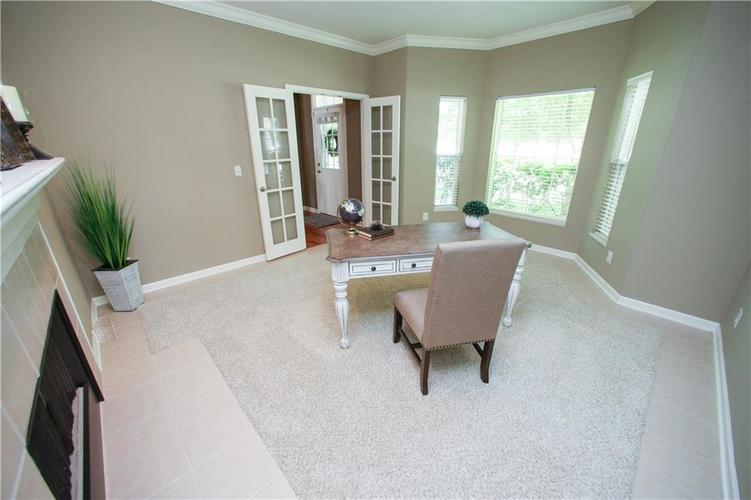 000 Confidential Ave.Westfield IN 46074 | MLS 21728775 | photo 9