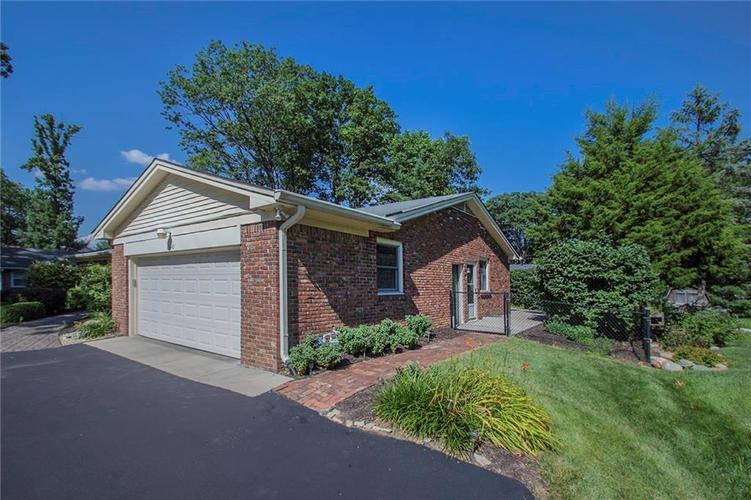 6445 Knyghton Road Indianapolis IN 46220 | MLS 21728803 | photo 23