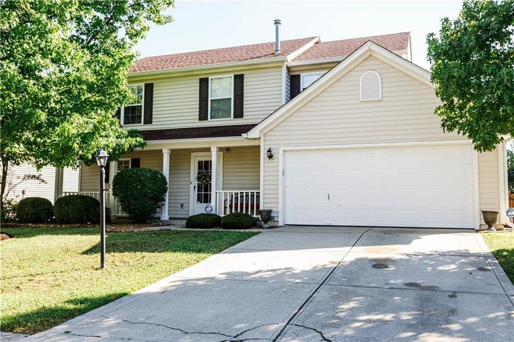 12769 Sinclair Place Fishers IN 46038 | MLS 21728925 | photo 1