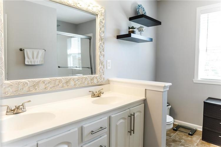 12769 Sinclair Place Fishers IN 46038 | MLS 21728925 | photo 15