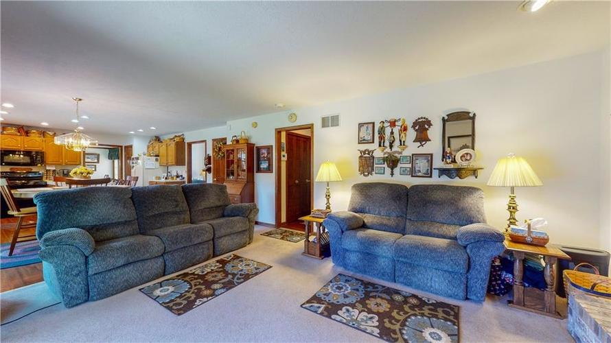4802 Chervil Court Indianapolis IN 46237 | MLS 21728958 | photo 11