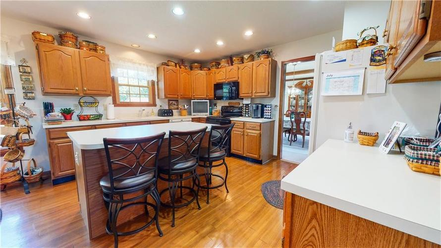4802 Chervil Court Indianapolis IN 46237 | MLS 21728958 | photo 12