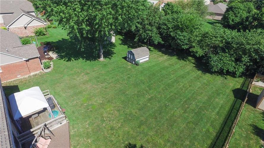4802 Chervil Court Indianapolis IN 46237 | MLS 21728958 | photo 2
