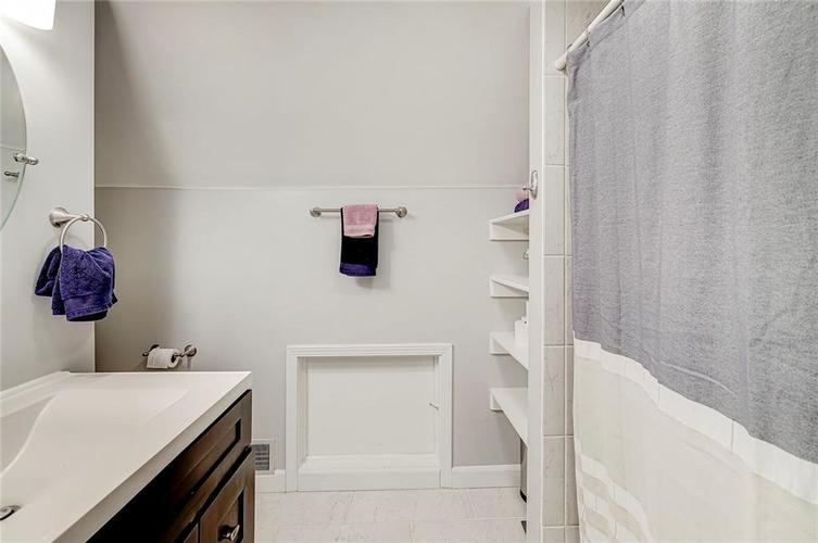 1211 Crawford Drive Indianapolis IN 46220 | MLS 21729017 | photo 19