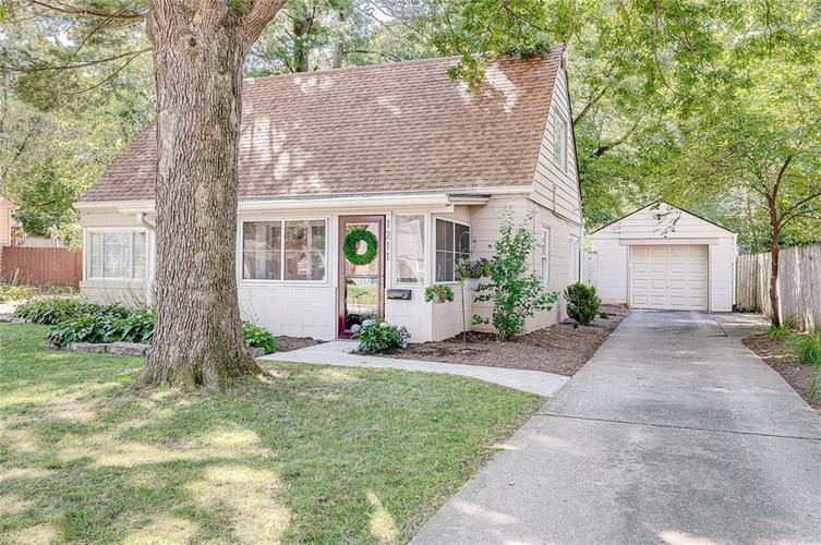 1211 Crawford Drive Indianapolis IN 46220 | MLS 21729017 | photo 2