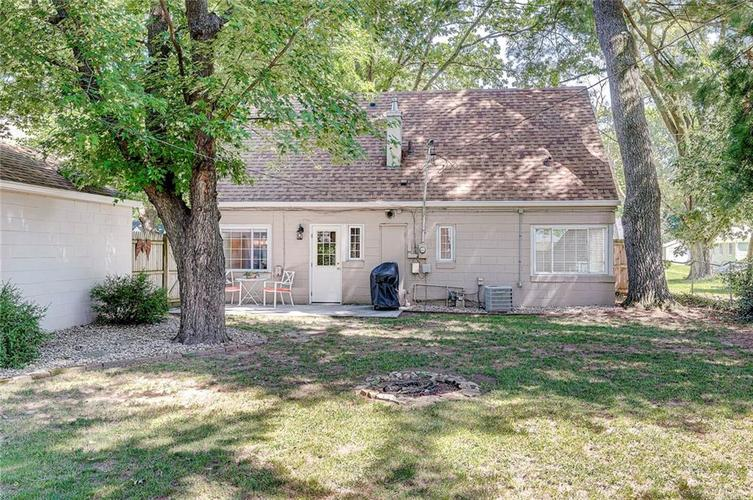 1211 Crawford Drive Indianapolis IN 46220 | MLS 21729017 | photo 23