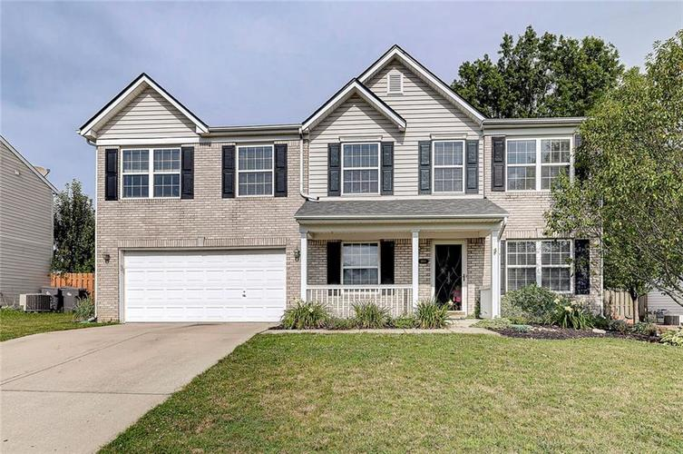 5801  Safari Drive Indianapolis, IN 46237 | MLS 21729046