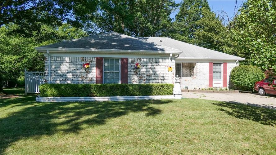 3256  Eastbrooke Court Indianapolis, IN 46235 | MLS 21729077