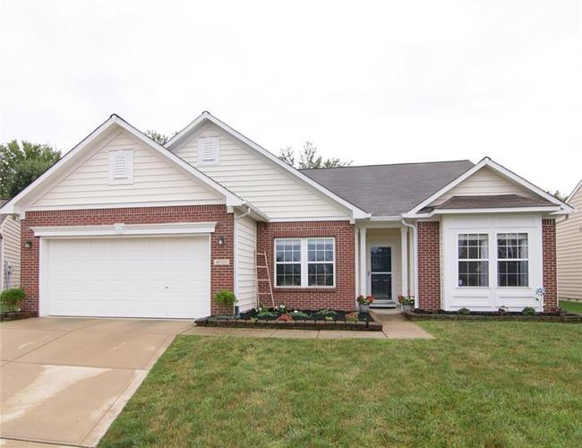6713  HERITAGE HILL Drive Indianapolis, IN 46237 | MLS 21729080
