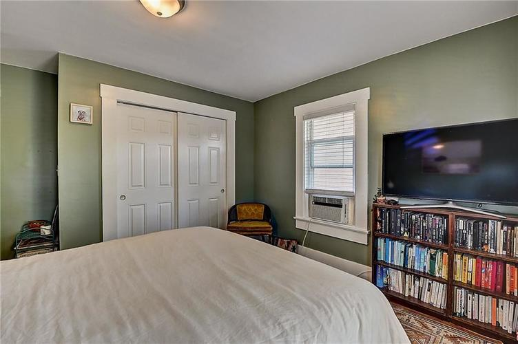 1619 Carrollton Avenue Indianapolis IN 46202 | MLS 21729099 | photo 13