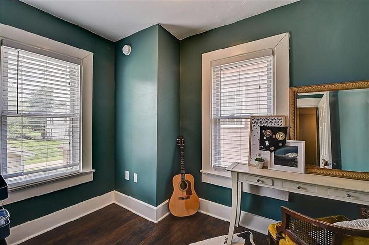1619 Carrollton Avenue Indianapolis IN 46202 | MLS 21729099 | photo 15