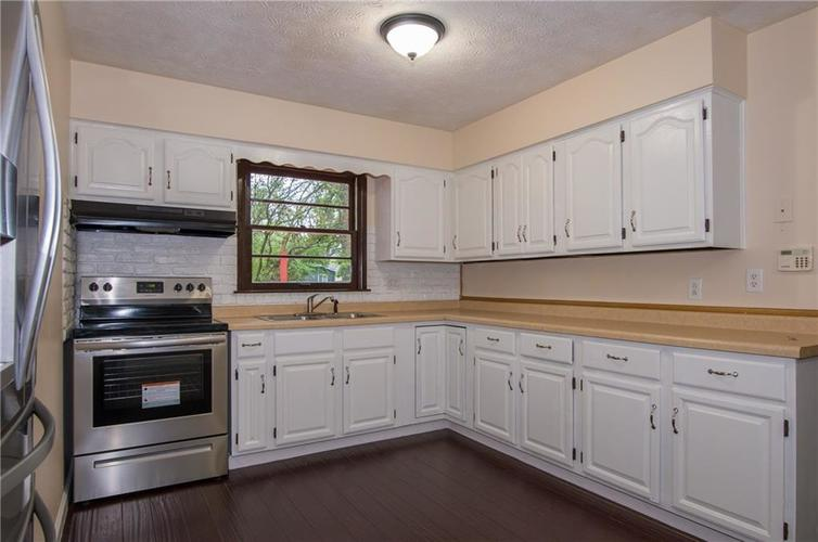 7415 E 48TH Street Indianapolis IN 46226   MLS 21729155   photo 7