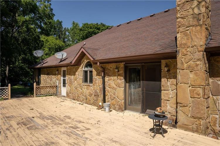 13316  Forest Drive Camby, IN 46113 | MLS 21729204