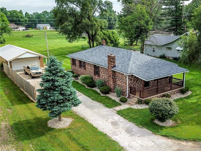 1716 W Country Road 100 South  New Castle, IN 47362 | MLS 21729231