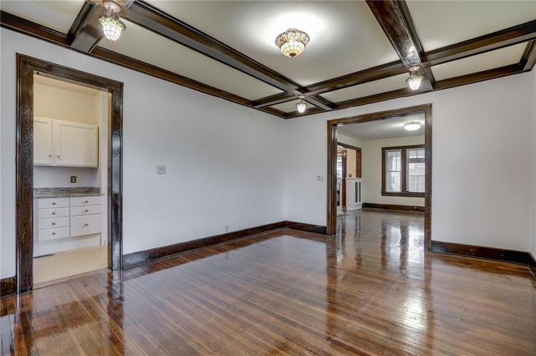 651 E 32nd Street Indianapolis IN 46205 | MLS 21729233 | photo 17