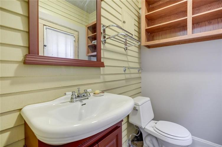 651 E 32nd Street Indianapolis IN 46205 | MLS 21729233 | photo 22