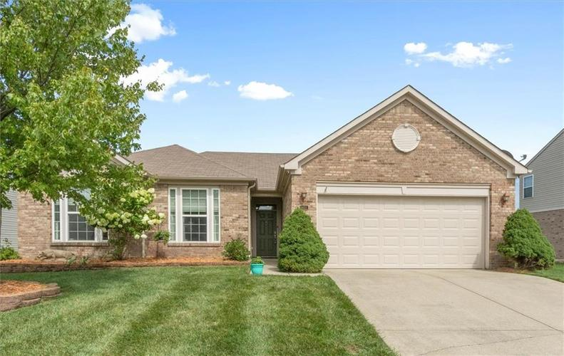 6623 Tramcus Drive Indianapolis IN 46260 | MLS 21729263 | photo 1