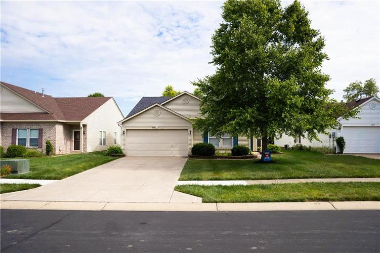 6844 W Raleigh Drive McCordsville, IN 46055 | MLS 21729322