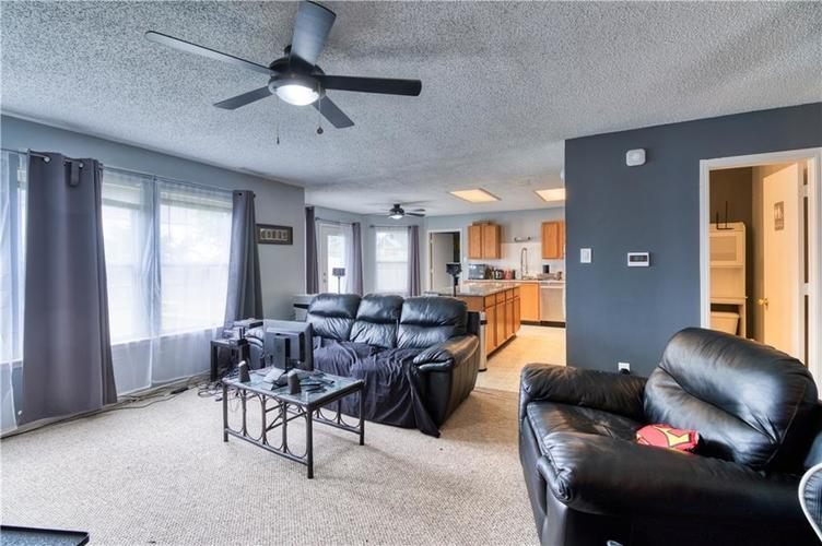 1828 Brassica Way Indianapolis IN 46217   MLS 21729418   photo 9