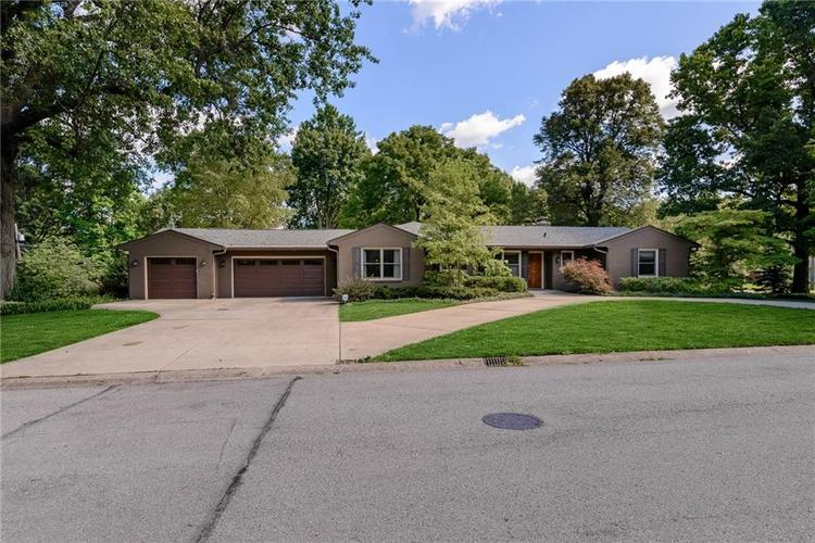 402  Spring Mill Lane Indianapolis, IN 46260   MLS 21729557