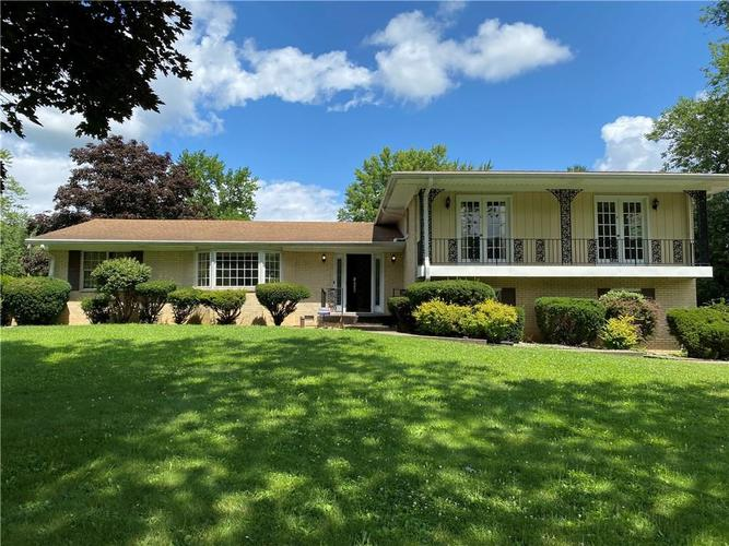 10920  Charlemagne Drive Indianapolis, IN 46259   MLS 21729776