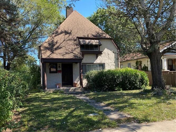 941 N Chester Avenue Indianapolis, IN 46201 | MLS 21732182