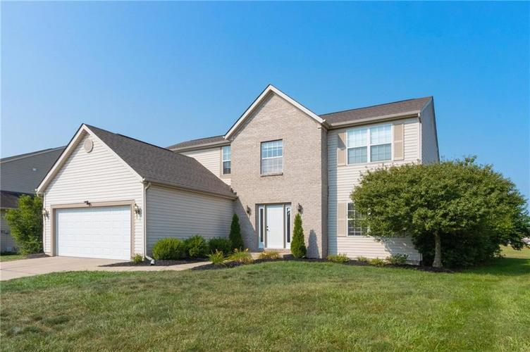 5328  Sandwood Drive Indianapolis, IN 46235 | MLS 21734818