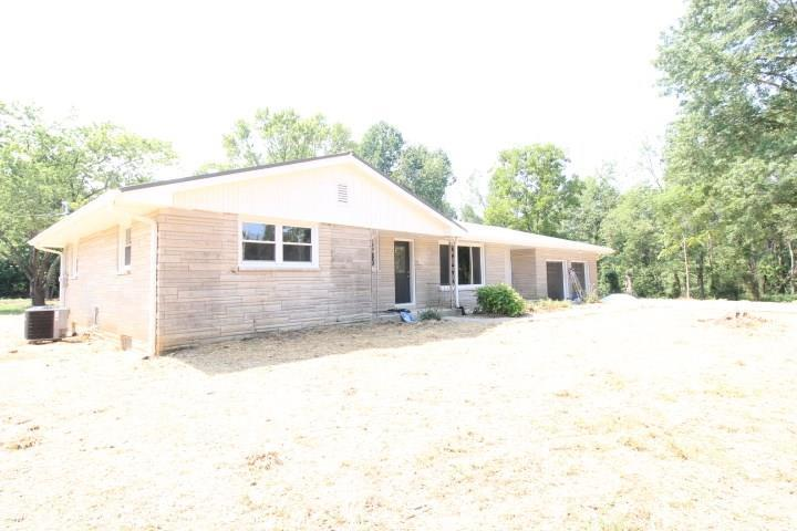 10737 E State Road 250  Crothersville, IN 47229 | MLS 21735266