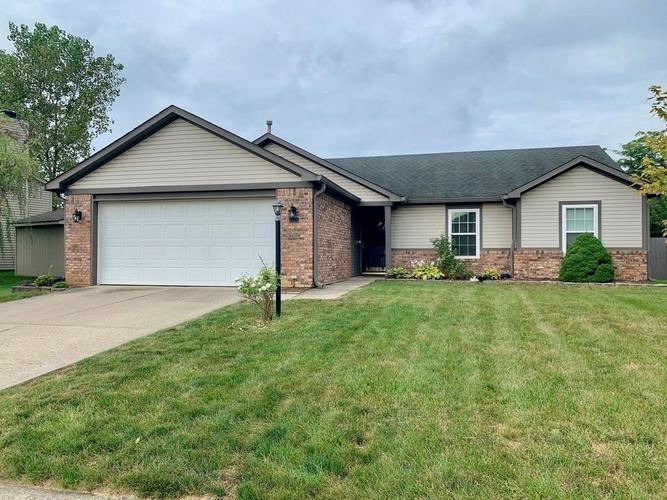 7860  Bent Willow Drive Indianapolis, IN 46239 | MLS 21735733