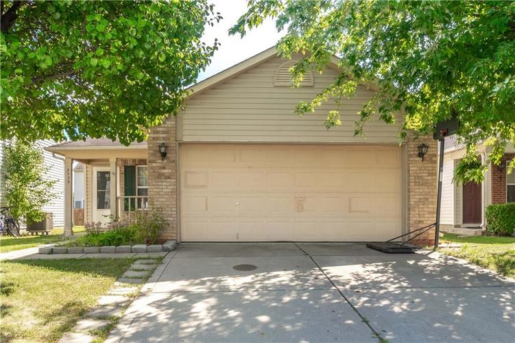 7129  Wellwood Dr  Indianapolis, IN 46217 | MLS 21735949