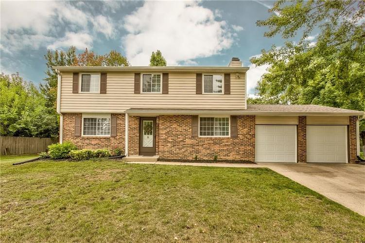 9512  Thornwood Drive Indianapolis, IN 46250 | MLS 21736126