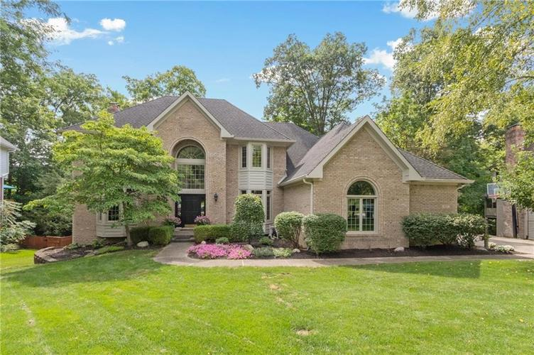 11217  Woods Bay Lane Indianapolis, IN 46236 | MLS 21736258