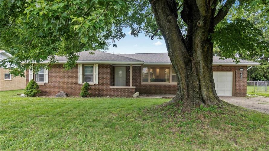 4715  Southview Drive Anderson, IN 46013   MLS 21736679