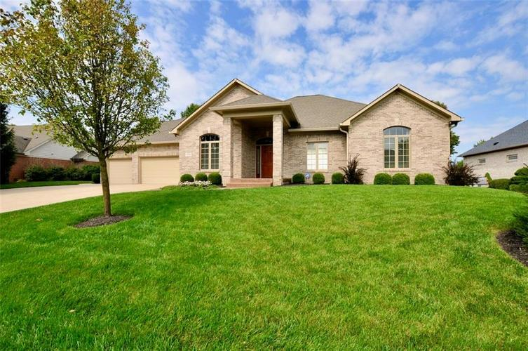 4628  Hickory Wood Row Greenwood, IN 46143 | MLS 21736930