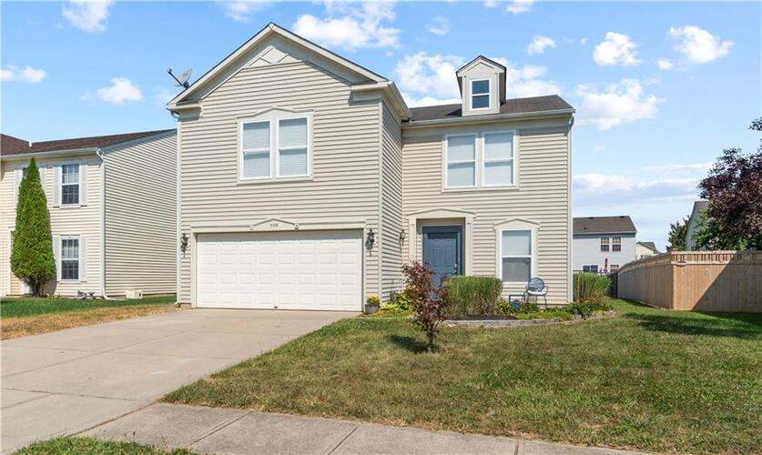 920  BROOKHAVEN Drive Franklin, IN 46131 | MLS 21737073