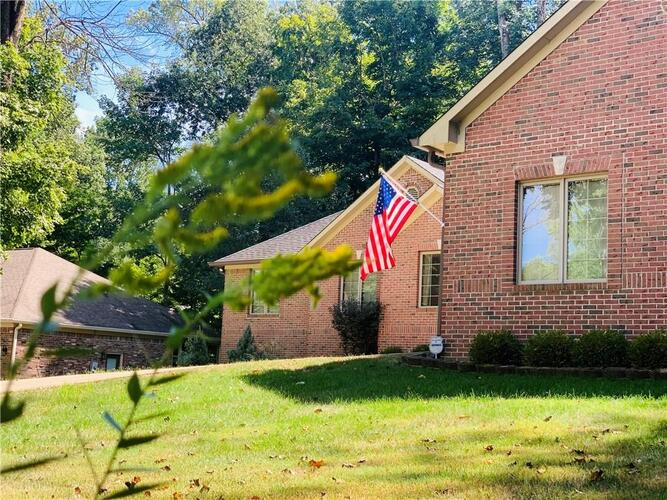 2975  COUNTRY CLUB Court Martinsville, IN 46151 | MLS 21737261