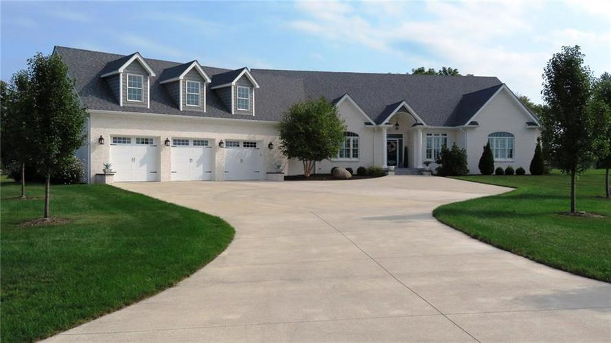 6050 E Holes Crossing Drive Crawfordsville, IN 47933 | MLS 21738505
