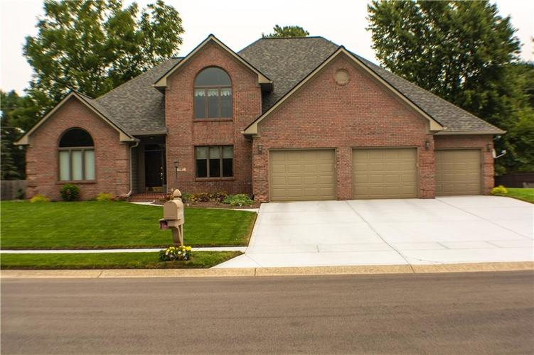 1581  Forest Commons Drive Avon, IN 46123 | MLS 21738570